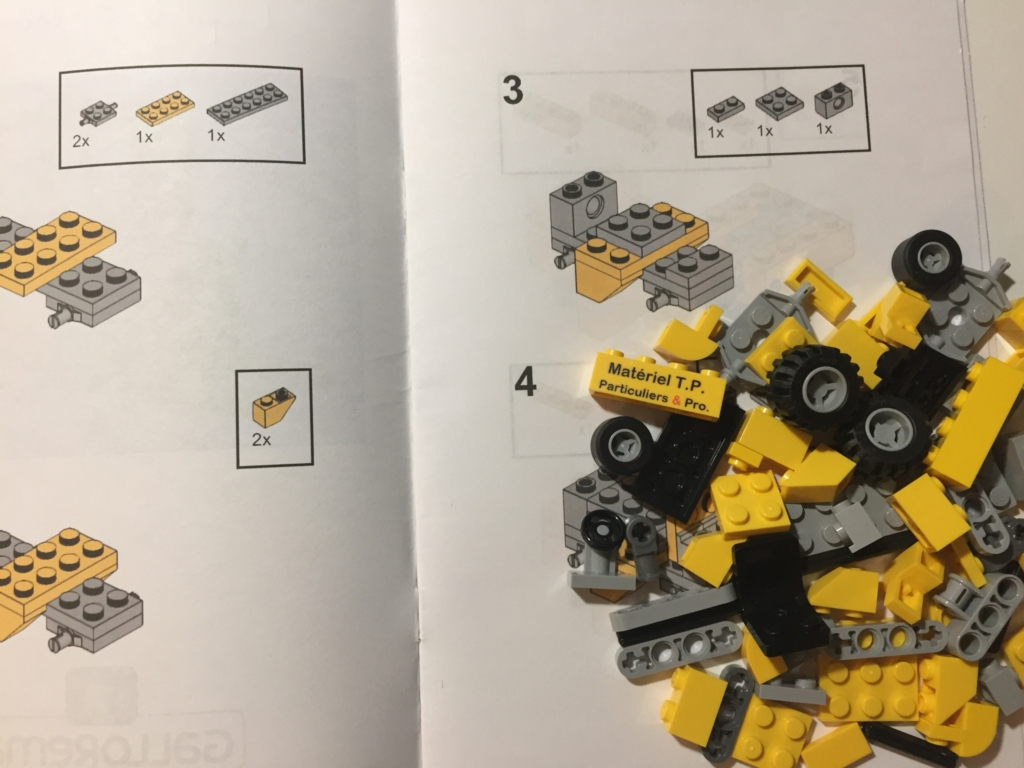 Building instructions and Lego® bricks of the small fork lift truck